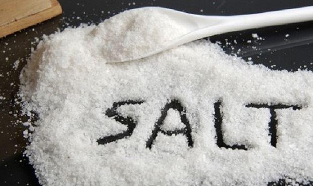 Cách thông cống bằng muối hiệu quả tại nhà