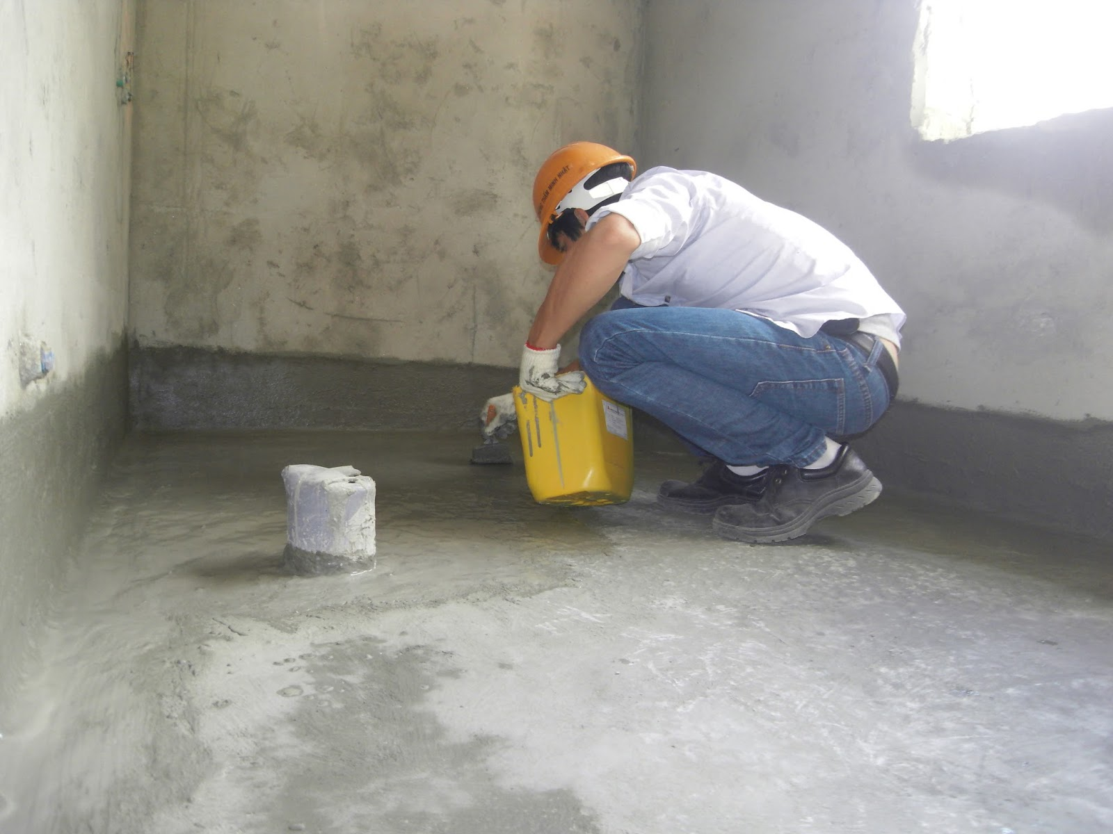 Công ty Hoàng Minh nhận báo giá chống thấm nhà vệ sinh tại quận 12